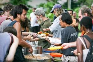 feeding-the-homeless-620x413
