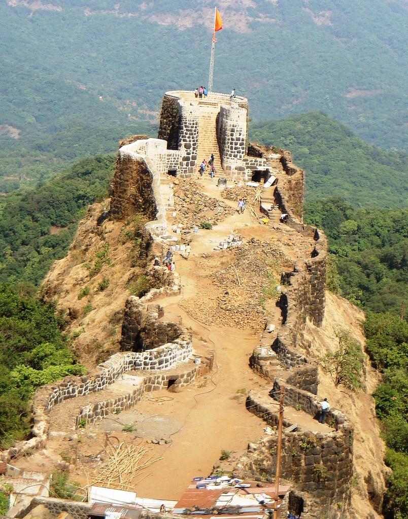 The fort of Pratapgad - Shivaji Wallpaper