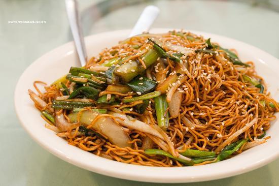 http://media-cdn.tripadvisor.com/media/photo-s/03/34/77/5f/jack-s-chinese-restaurant.jpg