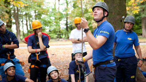 http://www.pgl.co.uk/Files/Files/Jobs/Roles/Instructor%20Team/Gallery%20Images%20(1600x900)/Activity%20Instructor%20Group%20Leader/RC-G-instructor.jpg