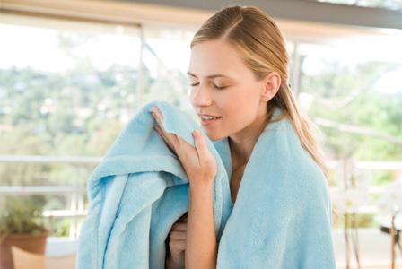 http://cdn.sheknows.com/articles/2012/03/woman-smelling-fresh-linen.jpg