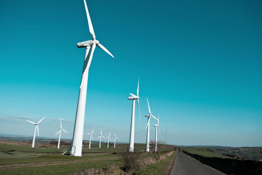88371-847x567-wind_turbines