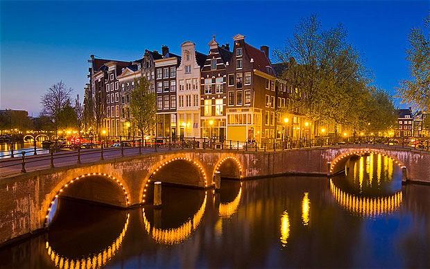 Amsterdam_2345293b
