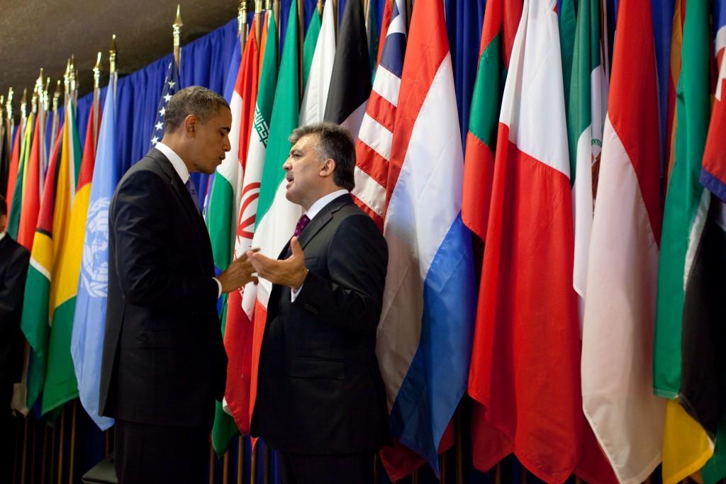 President Barack Obama talks with Turkish President Abdullah Gul
