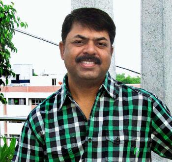 TIRUCHI:14/11/2010:FOR METRO: James Vasanthan.PHOTO:R.M. RAJARATHINAM.