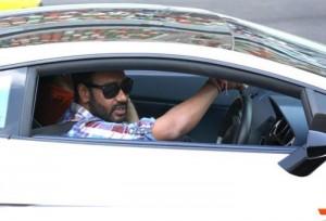 Ajay-Devgn´s-ride-Maserati-Quattroporte