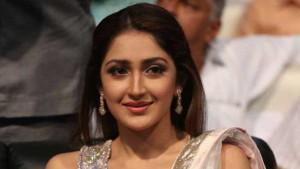 Sayesha Saigal-bollywood-actress