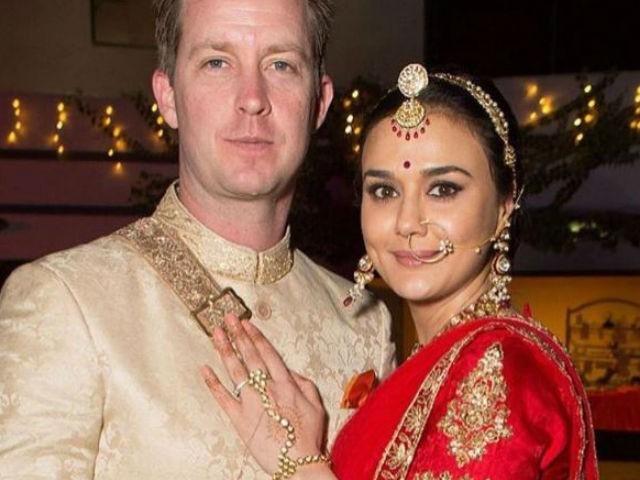 Gorgeous Wedding Pics of Priety Zinta Released.