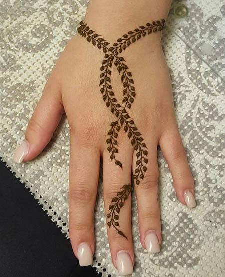 Leafy Strands Mehndi Design