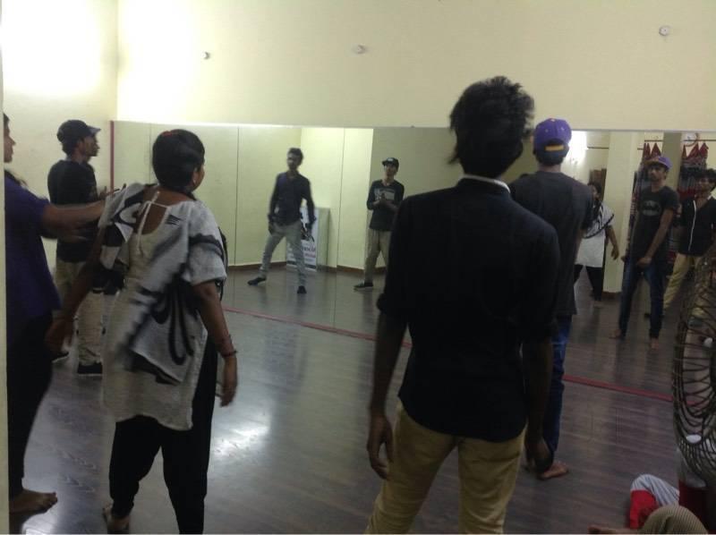 Moon Walk Dancer Studio
