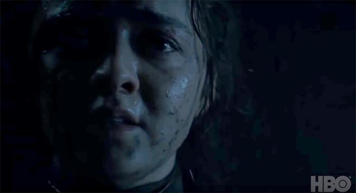 Arya scared